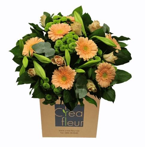 boeket zalm groen met seizoensbloemen