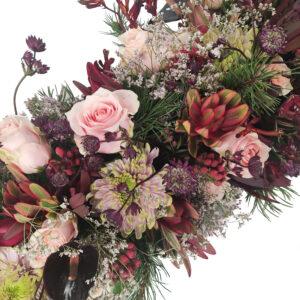 Afscheidsbloemen Roze rozen en astrantia