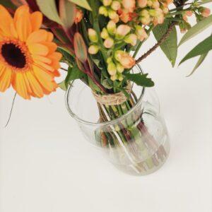 Verzorg je boeket bloemen en geef het water
